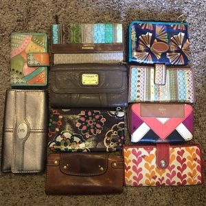 Lot of Fossil wallets used